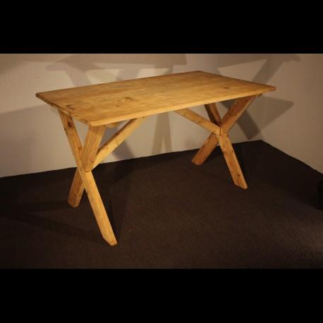 Table en sapin naturel