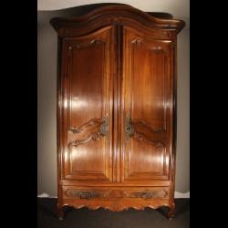 Armoire provençale 18 eme siècle