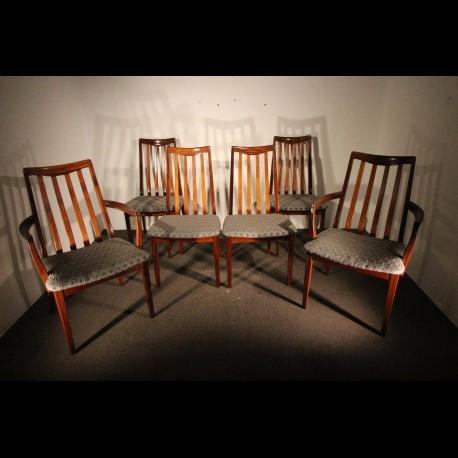 Ensemble 1970 de 4 chaises et 2 fauteuils