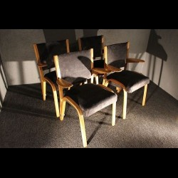 Quatre fauteuils « Steiner » des années 70
